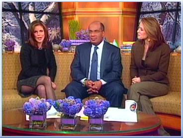 Natalie Morales Legs 2006 01 10 03